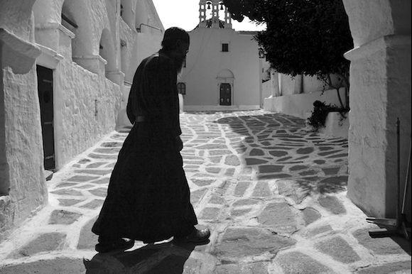 Longovardi Monk Follow Me