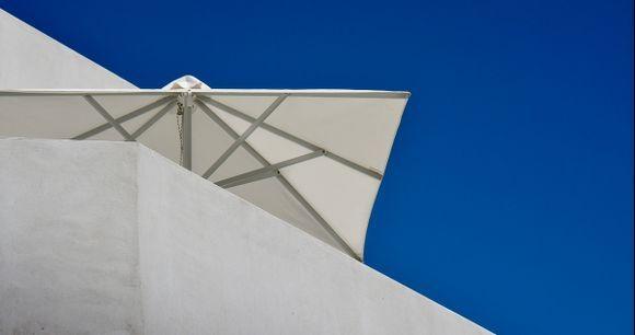 ...white parasol...