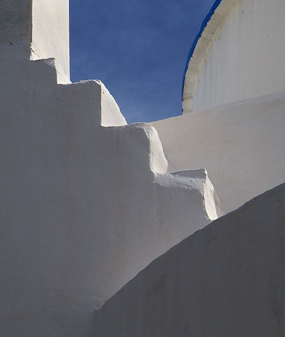 Steps and curves - church in Chora