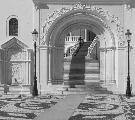 Entry arch to Evangelistria Cathedral, Tinos - April 2006