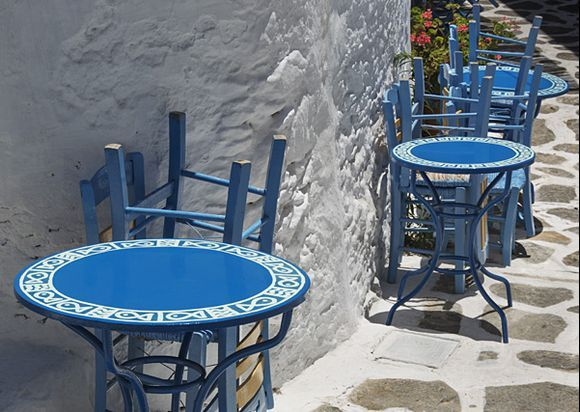 Blue tables in Chora