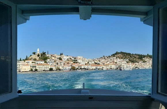 There's a world out there. Open a window and it's there... #greekislands #greekbeauty #blue&white