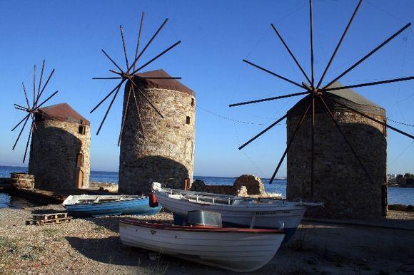 Chora_Windmills2