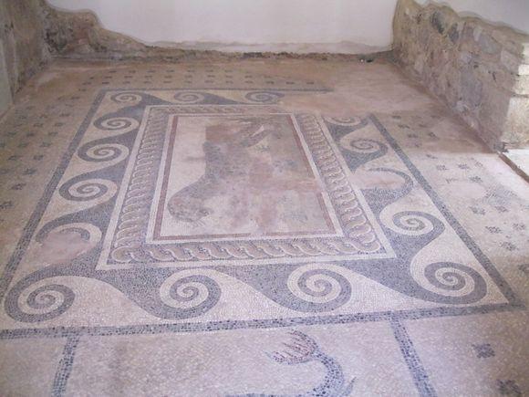 Restaurated mosaic
