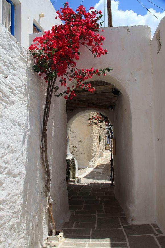 Alleys of Ios Chora