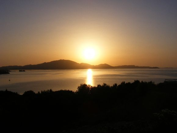 Limni keriou at daybreak