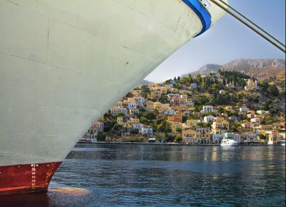 Symi island: a mountainous and rugged Dodecanese jewel!
