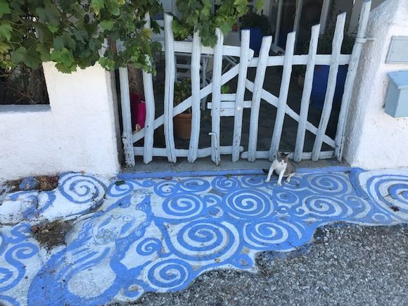 I love the painting on walkways in Greece, this one took me a minute to see the mermaid...