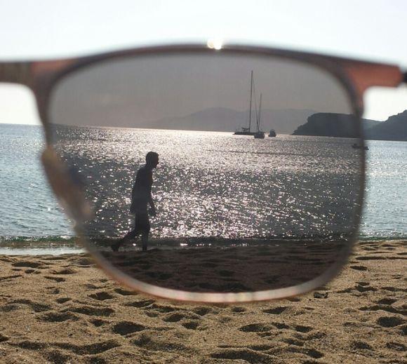thru my sunglasses
