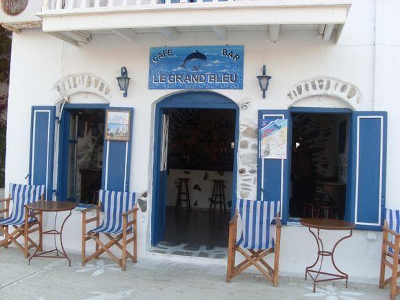 The famous Grand Bleu Bar