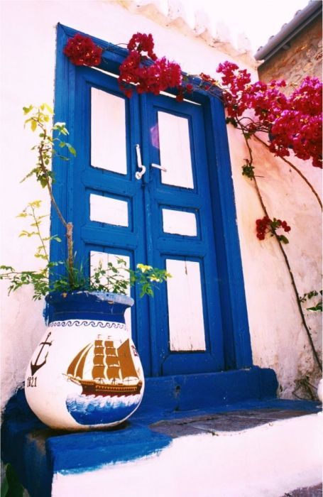 Front door in Hydra town