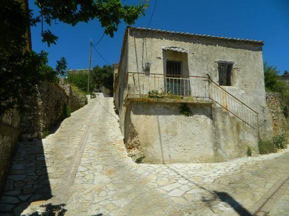 old house in Exo Hora /Έξω Χώρας/