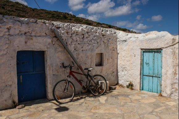 A view of Agathias - a village that is less than 2 km from Palekastro I really liked this typical Greek house