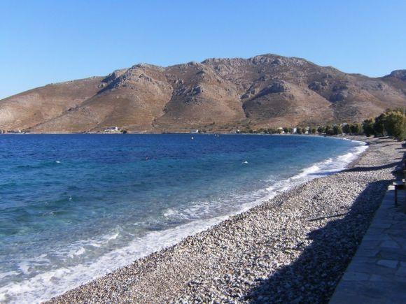 Waves at Livadia beach