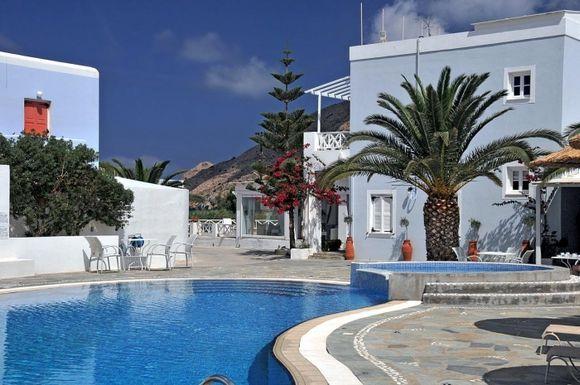 Hotel Benois pool area
