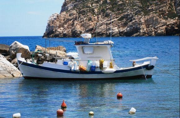 Boat in Apollonas, Naxos
