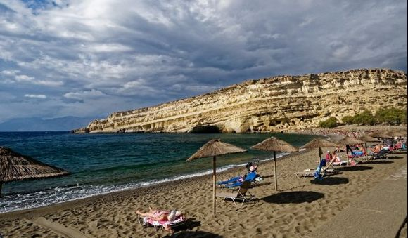 Matala.   When we saw the cliff, we saw everything at Matala ! But it is true that she is beautiful !
