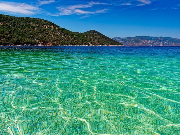 2018-09-22  -  15h.15 : Retour to fantastic Antisamos waters ...