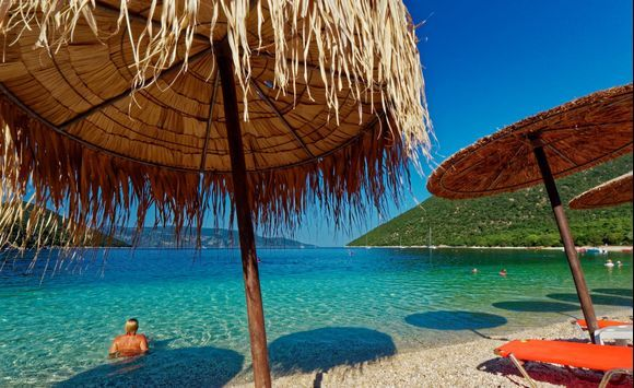 2018-09-17 - 16h.50 : Antisamos. Yes friends, Paradise exists ! One of the most beautiful places of this wonderful island.