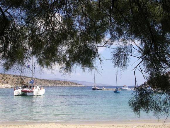 The harbour beach of Iraklia