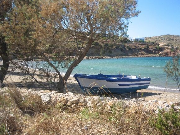 The beach of Tourkomnima