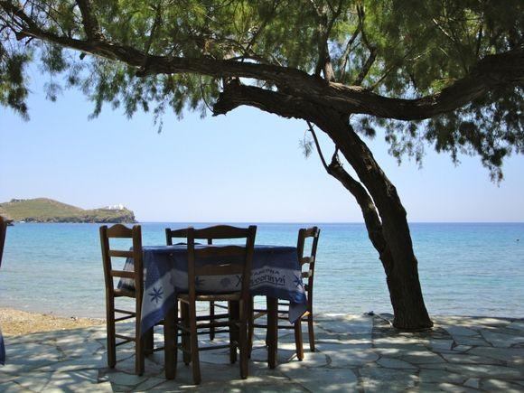 That\'s why I like greek tavernas...