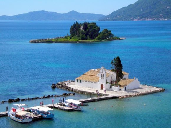 Corfu\'s classics : Pontikonissi-Vlacherna