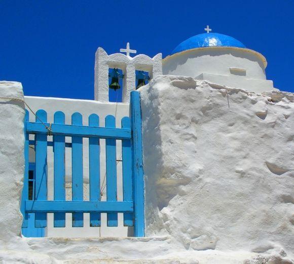 White and blue : Agios Georgios