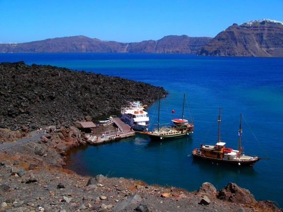 Volcanic Santorini - Arrival at Nea Kameni