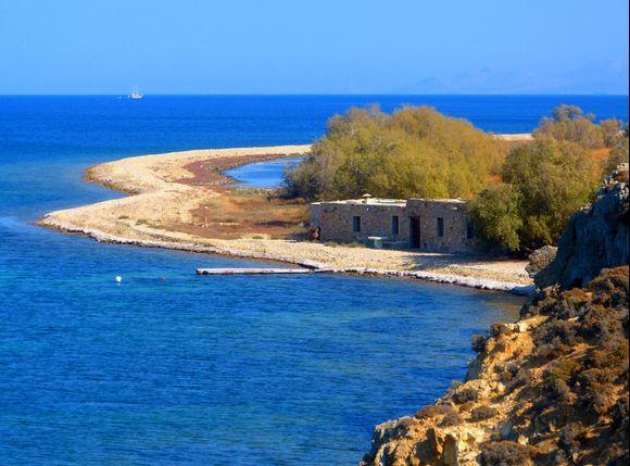 Southeast of Patmos (37°17'08