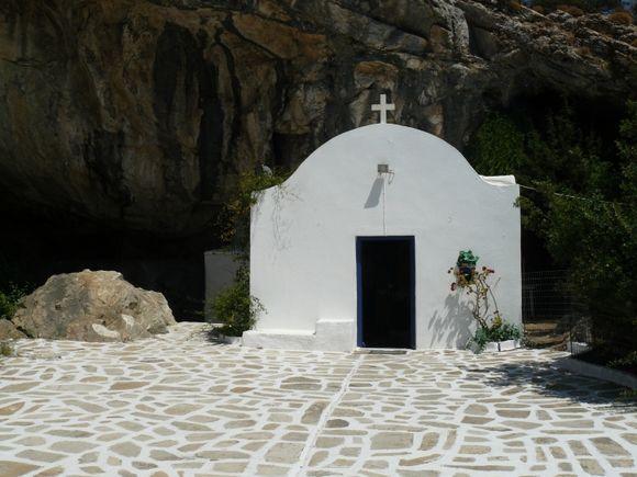 Antiparos - Church near Cave