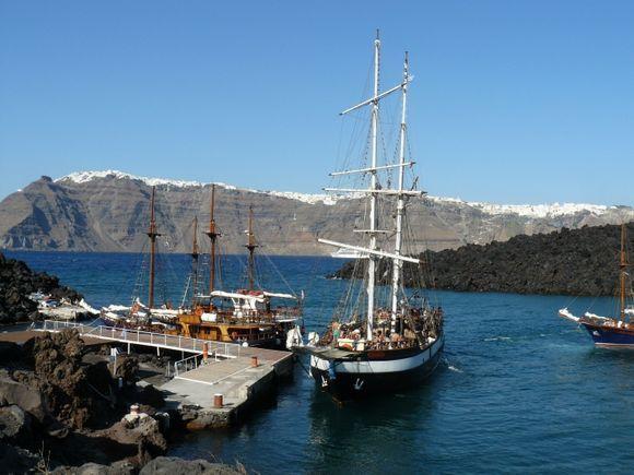 Small harbour Nea Kameni