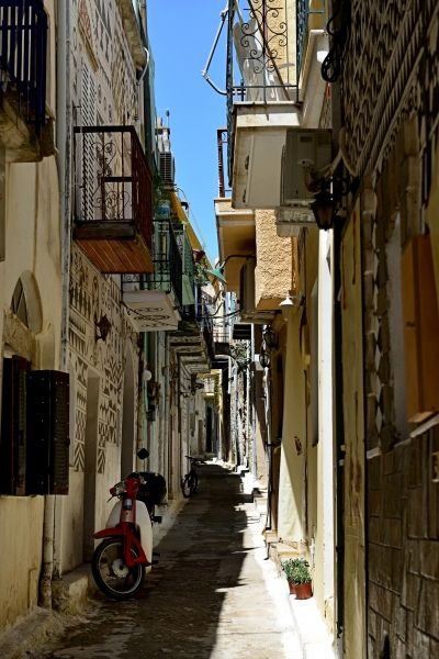 ome of the many narrow streets in Pyrgi