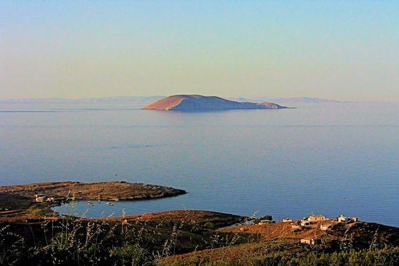 view to Serifopoula
