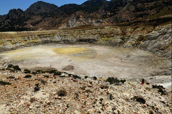 the vulcano crater