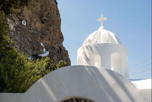 Crosses - up and down (Chapel of Agias Trias on the hillside)