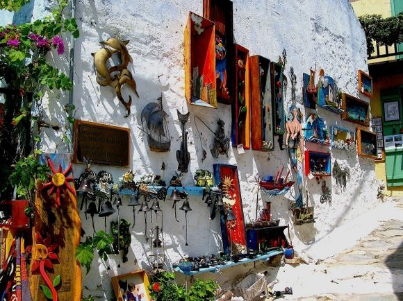 The wallshop
