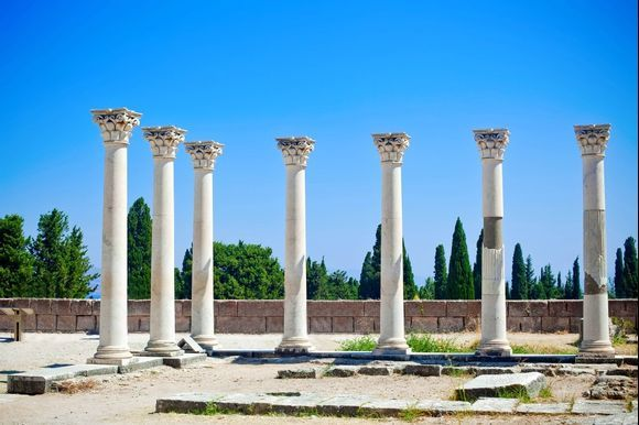 Asklepieion, Kos, Greece 💙 It is the most significant archaeological site on the island. In antiquity, it worked as a healing center and it got its name from Asklepios, son of Apollo and protector of health and medicine. Learn more 👉 http://bit.ly/2VZiQtA