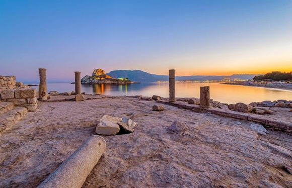 Kos is the second biggest island of the Dodecanese island group and a place that has it all! Have you ever visited Kos? 😍 Book your ferry ticket to Kos here 👉 ferries.greeka.com
