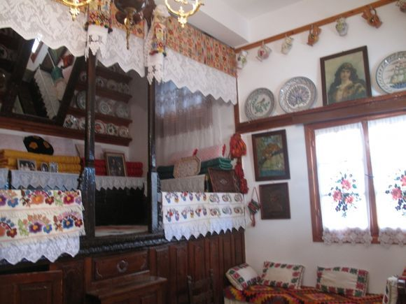 MY HOUSE IN MENETES