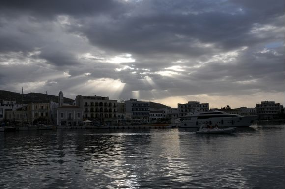 Cloudy morning in Chora harbour