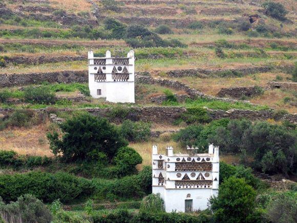 2 pigeon houses