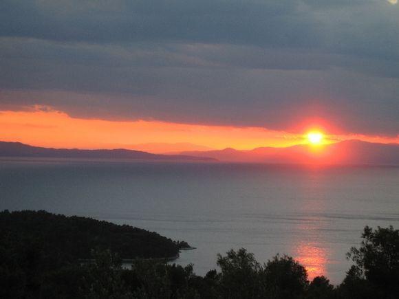 Sun setting Panormous