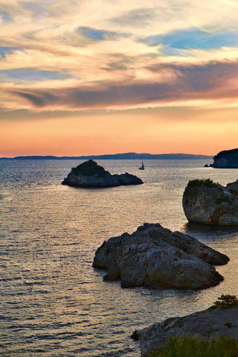 Sunset at Piso Krioneri beach