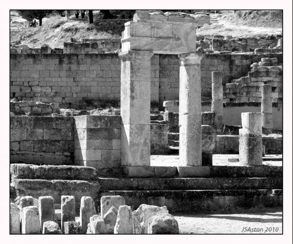 Ruins 3...
