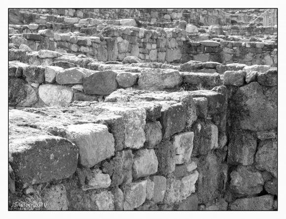 Ruins 2...