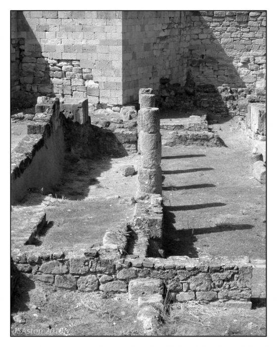 Ruins 1...