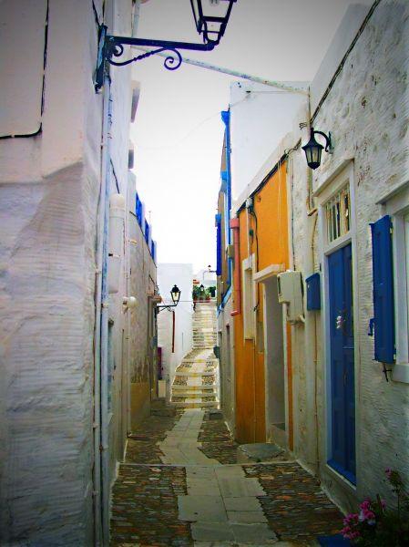 The narrow street