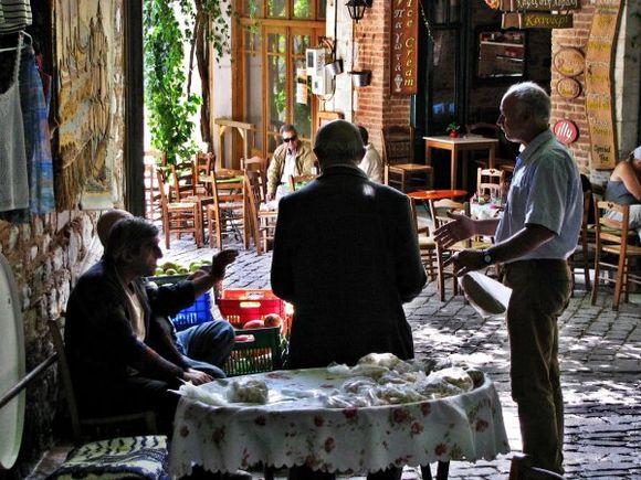 12-09-2012  Lesbos: Agiassos  Streetlife