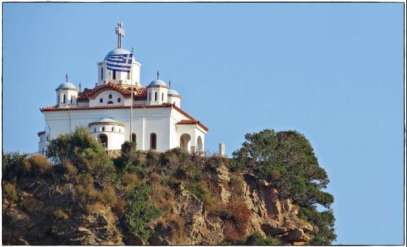 11-09-2019 Samos: Church on the rocks in Karlovasi